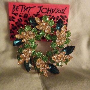 New green crystal brooch